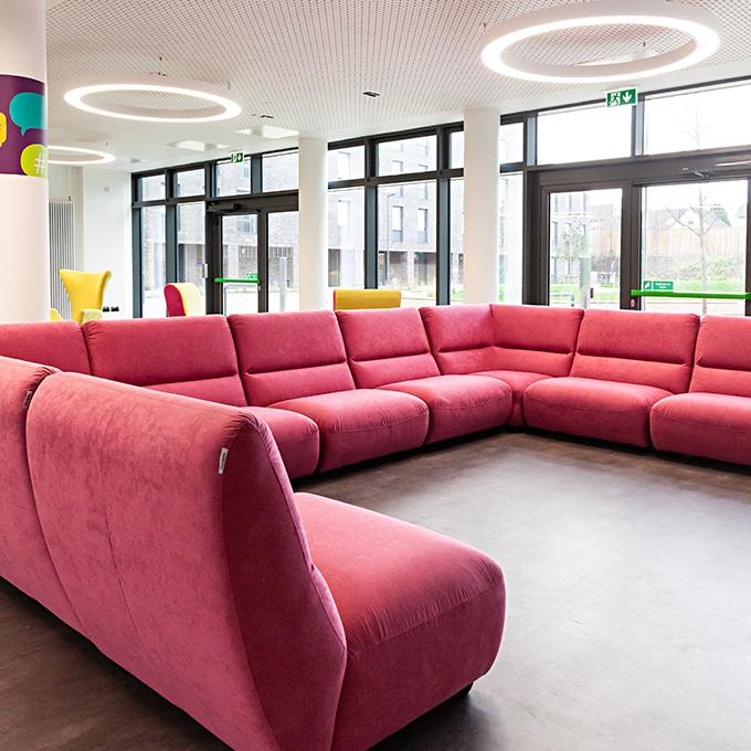 Snug modular sofas